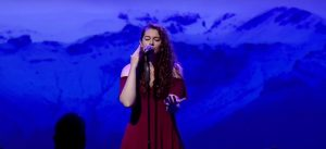 Deaf AGT star sings 'It Is Well' in amazing worship performance
