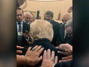 Faith leaders pray for President, enjoy 'open door' at White House