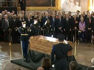 Reverend Billy Graham travels to Washington one last time
